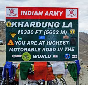 Day 05: Leh - Khardong-la pass (highest motor able pass)