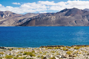 Day 03: Leh - Pangong Lake - Leh 280 Kms/ 10-11 Hrs: